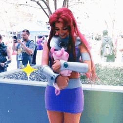 """Every bumgorf needs a knorfka."" Loved this clip I found of my Starfire at Dragon Con! For more, check out my instagram at @witchy.brew"