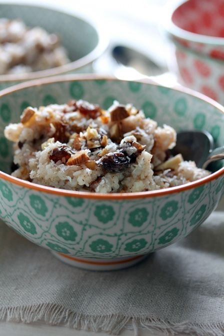 Spiced Coconut and Almond Rice Pudding (in the slow cooker)Slow Cooking Rice, Crock Pots, Rice Puddings, Coconut Milk, Almond Rice, Slowcooker, Slow Cooker, Spices Coconut, Slow Cooking Spices