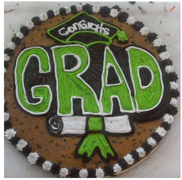 Cute graduation cookie cake idea! Cookie Cake Ideas ...