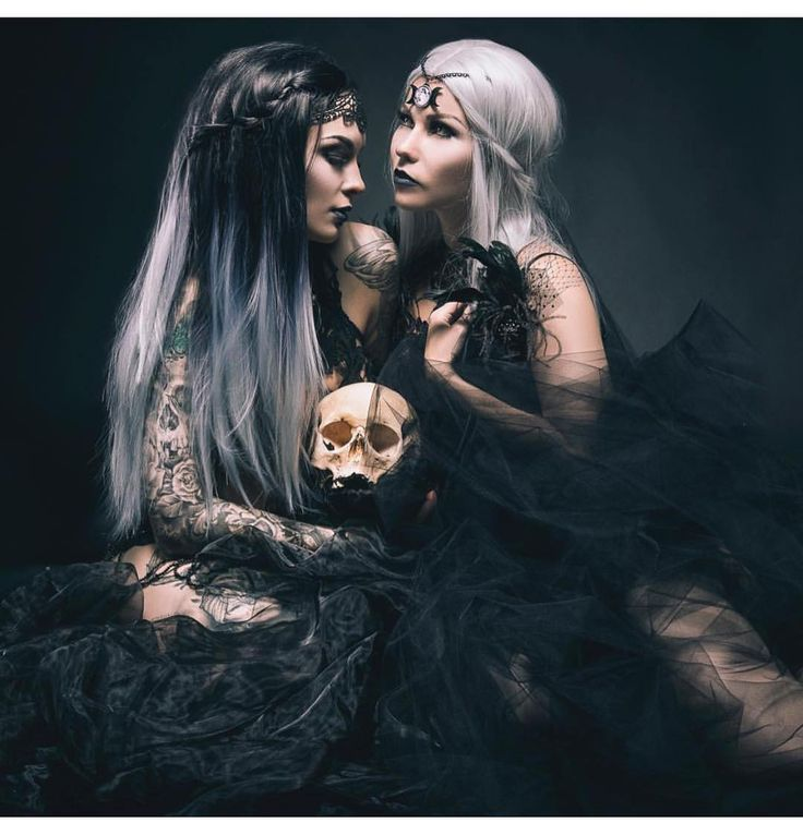 Wow this is Pretty epic  Our Silver Ombre and Ice Queen wigs featured here by the amazing  @minzimeow and @dekadenzsane Picture by @sam1s11 photography. Thank you  #lushwigssilverombre #lushwigsicequeen #lushwigs #wig #ombre #ombrehair #photography #makeup #models #wigs #picoftheday #ombrewig #silverombre #whitehair Visit: Lushwigs.com (link in bio)