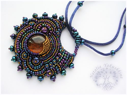 Love this asymmetry bead embroidery necklace
