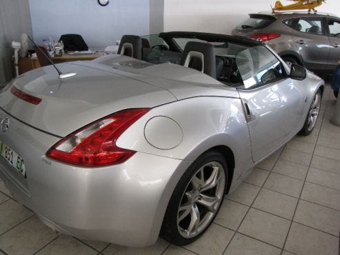 2010 Nissan 370Z Coupe Convertible A/T. Only 18 616  kms for R 349 900. VPS – Leather - Paddle Shift Controls - Bi-Xenon Headlights - Satellite Navigation - Soft black top - Automatic wiper - Auto headlights - Both Front Seats Heated - Cruise Control - Electric Seats - 245kw - 6 x Airbags - Registration Date: 29 November 2010. Contact: Karen Gouws: 082 7514596