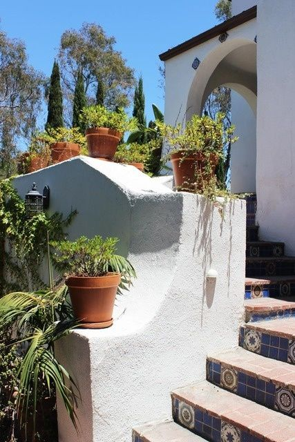 Spanish Style Home In Whitley Heights Los Angeles C