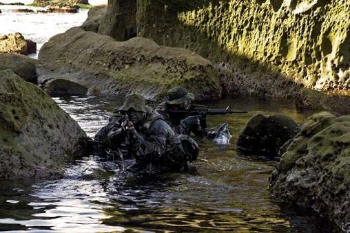 SEALs, auténtica fuerza amfibia http://replicas-airsoft.com #SEALS