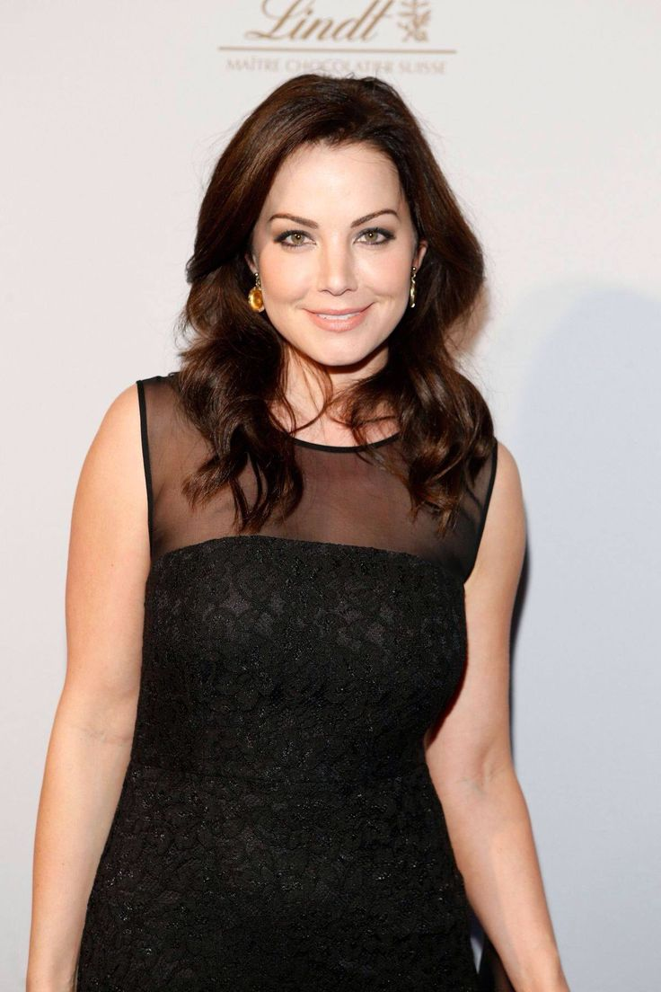 Erica Durance images 92