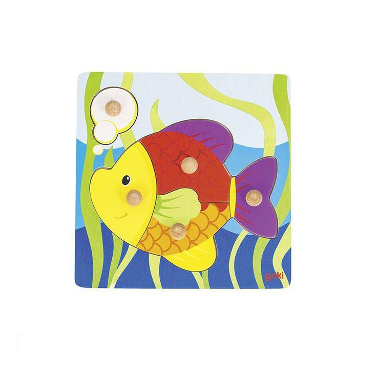 Un puzzle avec un joli poisson tout coloré à reconstituer grâce aux pièces en bois avec boutons qui aideront votre enfant à saisir les pièces sans difficultés.