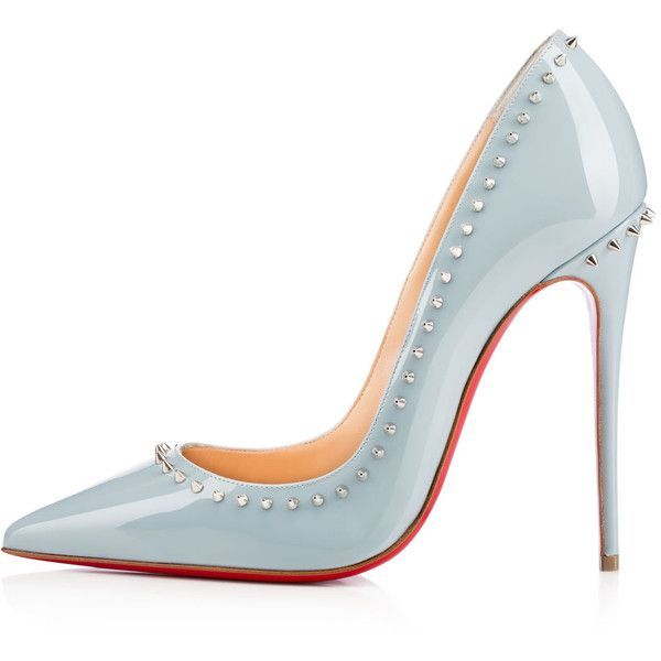 Christian Louboutin Anjalina (2,570 PEN) ❤ liked on Polyvore featuring shoes, pumps, heels, louboutin, patent leather shoes, christian louboutin, mini pump, mini shoes and patent shoes
