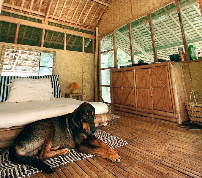 42 best bahay kubo interior exterior images on pinterest for Nipa hut interior designs