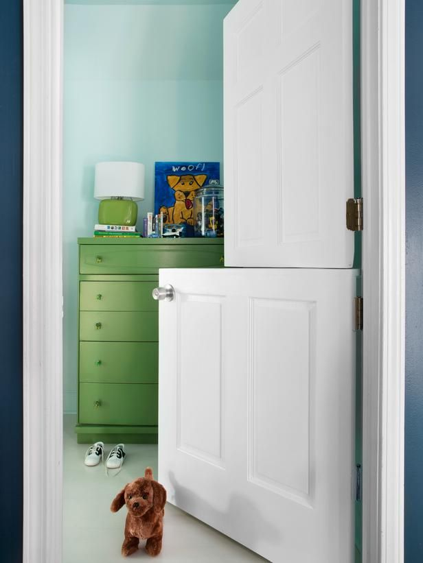 How to Make a DIY Interior Dutch Door. This could be perfect for office, craft r... home interior painting
