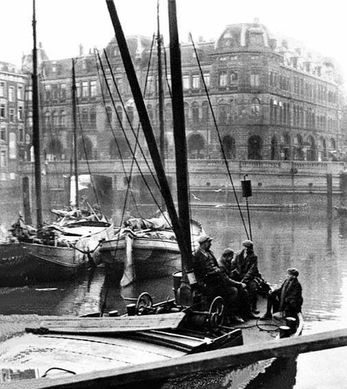 Plan C met de Oude Haven. Foto vanaf de Nieuwe Haven genomen.