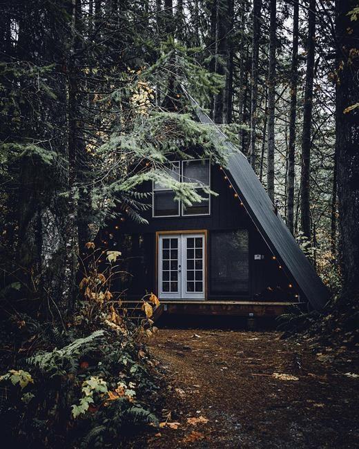 Doğanın içerisinde tam kafa dinlemelik stresten uzak ve huzur dolu doğa evlerinden derlediklerimiz aşağıda. Güzel ve ilham verici seyirler olsun. :)