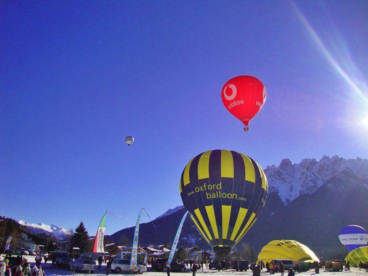 Ballonstart in Toblach - Ballonfestival http://vakantio.de/niederw/ballonfahrt-sudtirol