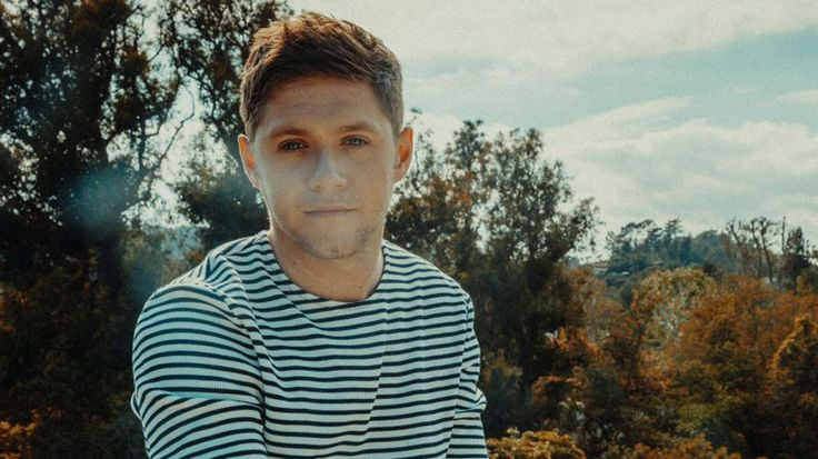 Watch Niall Horan's #TooMuchToAsk video & WIN tickets to see him live in concert HERE!  dance music, flicker, free niall horan concert tickets, One Direction, one directioners, pop music, sexy, the flicker sessions world tour, VIDEO PREMIERE: Niall Horan 'Too Much To Ask', Watch Niall Horan's #TooMuchToAsk video & WIN tickets to see him live in concert HERE!, win niall horan concert tickets