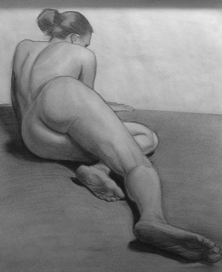 Reclining nude black and white