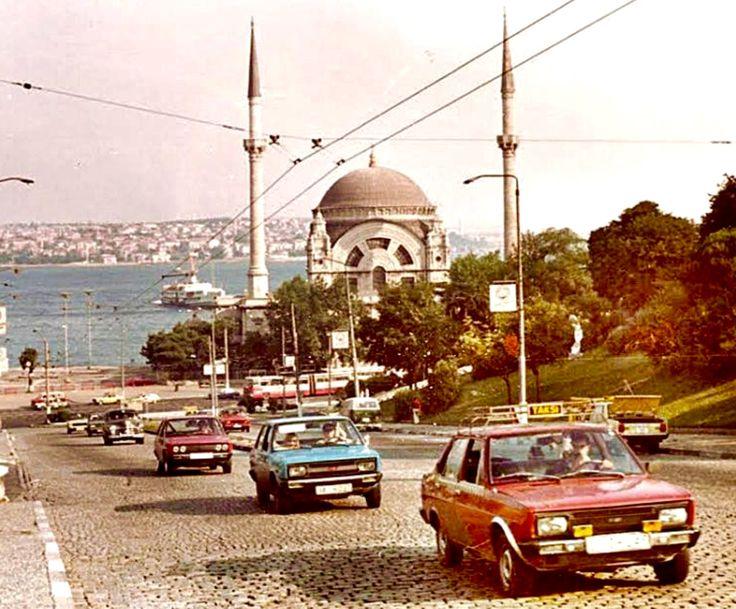 Istanbul 1983, 4 FIAT/MURAT 131 in a picture...