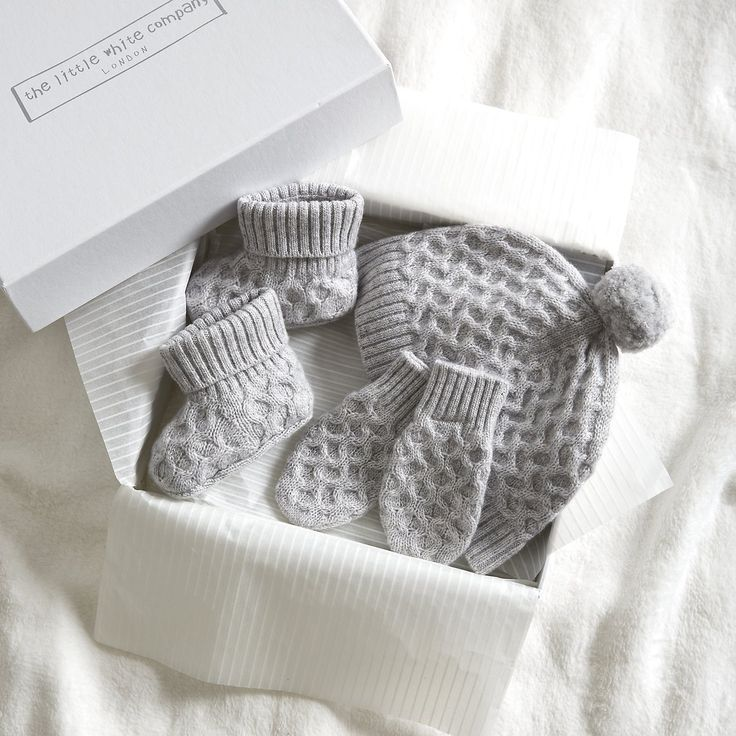 Cashmere Cable Gift Set | The White Company