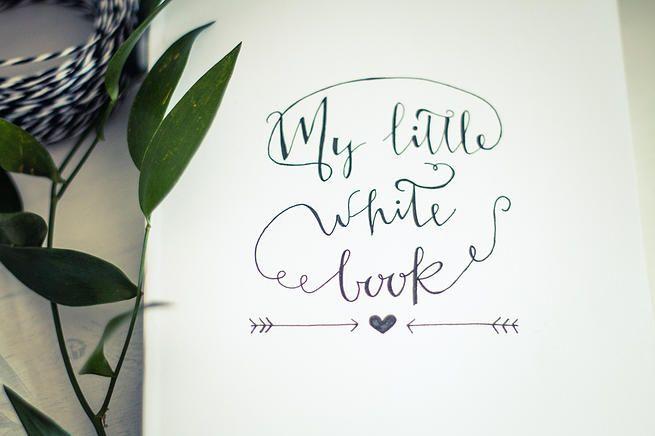 My Little White Book: un quaderno magico che racchiude tutte le vostre ispirazioni durante il periodo dell'organizzazione! Realizzato a mano @handmadejulia è uno strumento utilissimo per tenere tutto sotto controllo