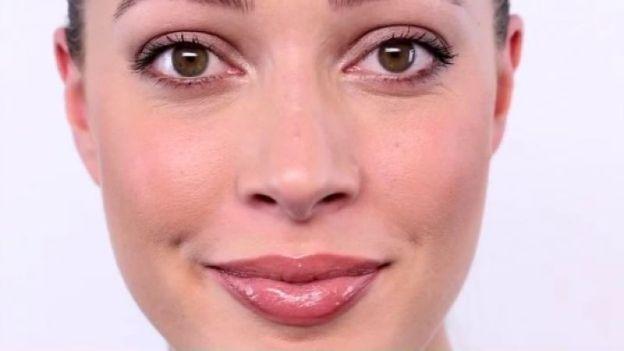 Tendenze make up: le labbra nude di Angelina Jolie
