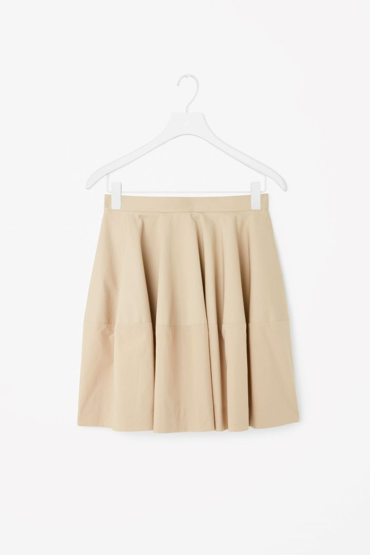 Block-colour skirt