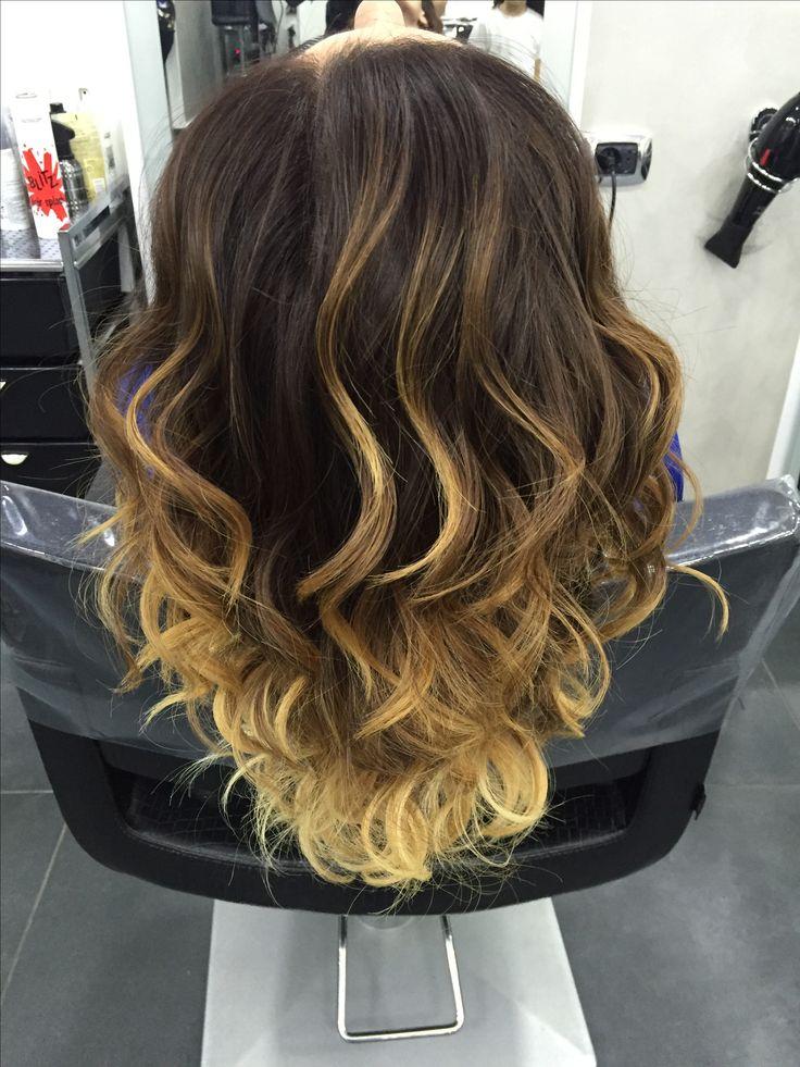 #onde #wave #doblecolor #bicolore #haircolor #hairstyle #cut #longhair #womenhairstyle #blonde #style #women #napoli #danilo #naples #donna #model #hairmodel
