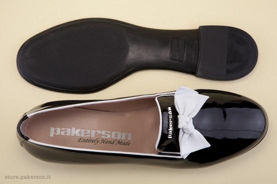 Pakerson shoes, handmade emotions. - Scarpe Pakerson, emozioni artigianali. http://store.pakerson.it/woman-moccasins-22292-nero.html