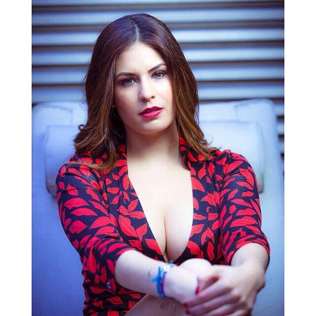 Carolina Padron Nude Photos 94