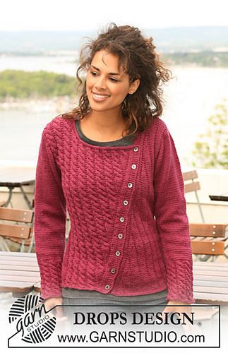 Asymmetric Jacket with cables on one front piece