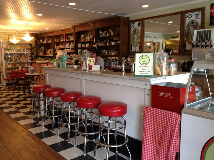 18 best images about old fashioned soda fountain on for Old fashioned ice cream soda fountain