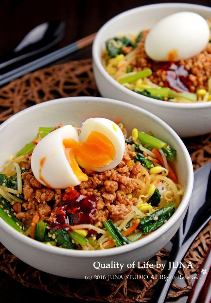 人気の定番家庭料理 JUNA(神田智美)さんのレシピアルバム | レシピ ... つるんと半熟ゆで卵がのったビビンバ風丼