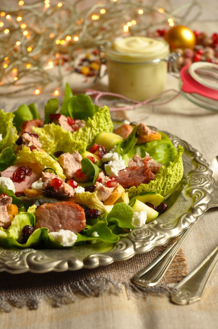 Christmas flavors and colors in one delicious salad!