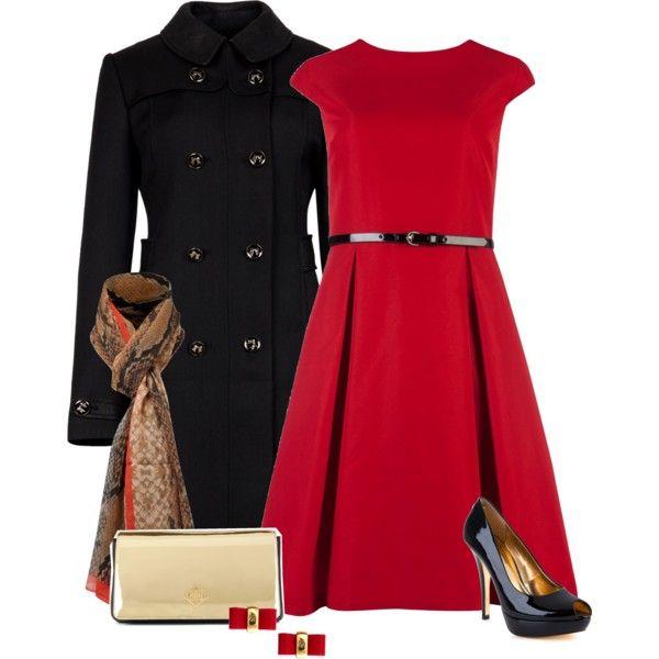 Vestido vermelho, cinto preto, sobretudo preto, scarpin.