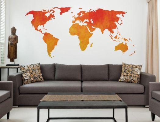 Wandtattoo Weltkarte in roten und orangenen Farbtönen