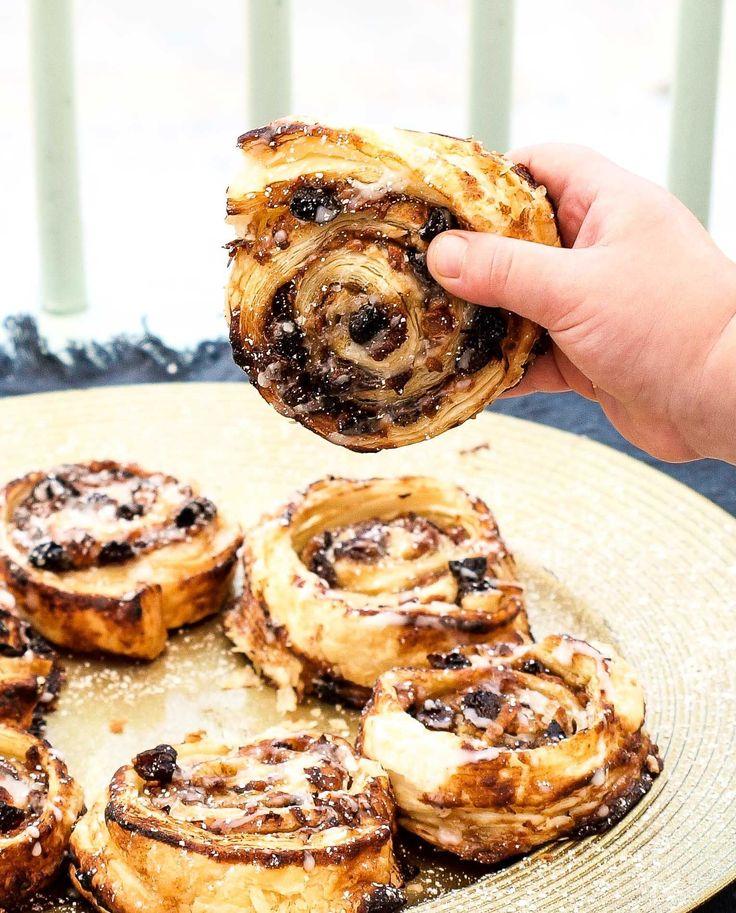 Festive Sugary Mince Swirls www.threekidsandcountingthepennies.com