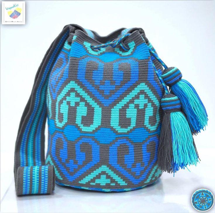 27 отметок «Нравится», 1 комментариев — Wayuu Bags &Bikini etc. (@wayuukiss) в Instagram: «Wayuu bag single thread รุ่น Premium quality ⭕️Sold out⭕️ •ฐาน 8.5 นิ้ว สูง 10.5นิ้ว •สายยาว 110…»