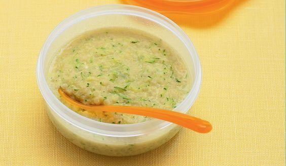 Minestrina con stracciatella d'uovo e zucchine grattugiate ricetta