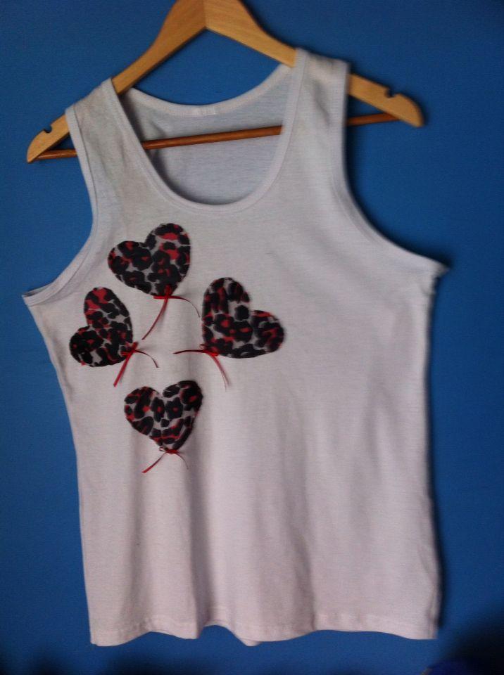 Camiseta hecha a mano by Apricot