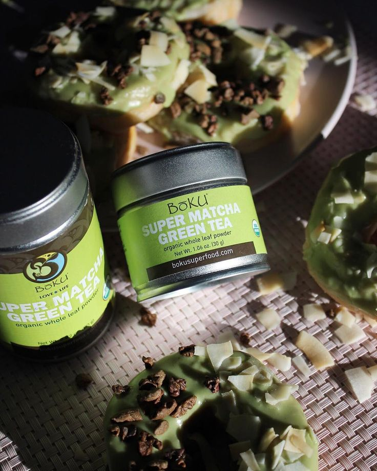 Celebrate the extra hour of sleep with our Vegan Matcha Green Tea Donuts topped with #BokuCacaoNibs and #BokuToastedCoconutChips! Click for the recipe!