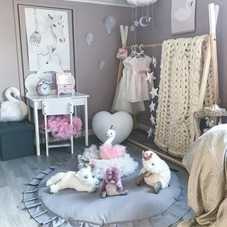 •sponset/reklame• Ønsker alle en god helg 💜 - #barnerom #carmell #lykkelandas #kidsroom #barnrum #kidsfashion #kidsdecor #inspo #babyroom #nursery #interiorstyling #love #soverom #bedroom #playroom #girlsroom #princessroom #jenterom #skandinaviskehjem #jollyroom