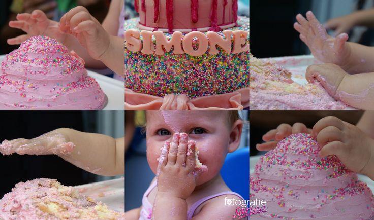 Cakesmash. Cakesmashshoot. Photoshoot. Kids. 1 year old. Cake. Taart. Verjaardag. Birthday. Fotografie Sarina