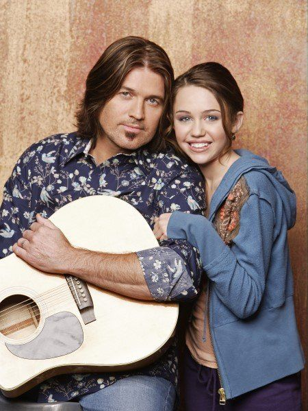 Billy Ray Cyrus and Miley Cyrus in Hannah Montana (2006)