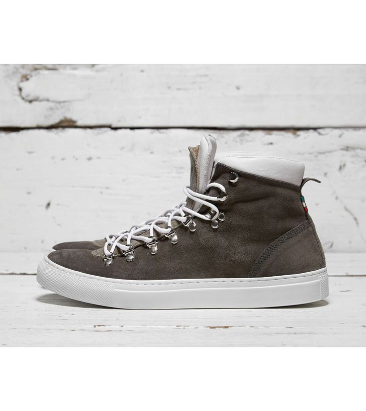 Diemme Marostica Mid - find out more on our site. Find the freshest in trainers and clothing online now.