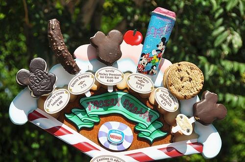 Disney food: Happiest Place, Cream Bar, Disney Dessert, Disney Snack, Ice Cream, Disney Treats, Disney Food, Disney Worlds