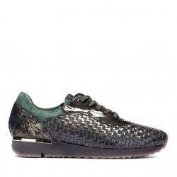 Sneaker kaki, un diseño original y especial. Elige este u otros colores en la tienda online de KessShoes.