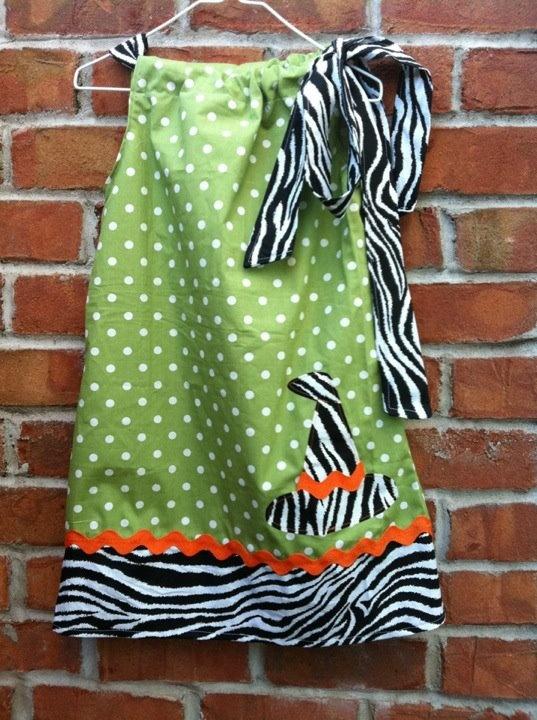 Sassy little Halloween pillowcase dress by bijou handcrafted & Best 25+ Halloween pillowcase dress ideas on Pinterest | Pillow ... pillowsntoast.com