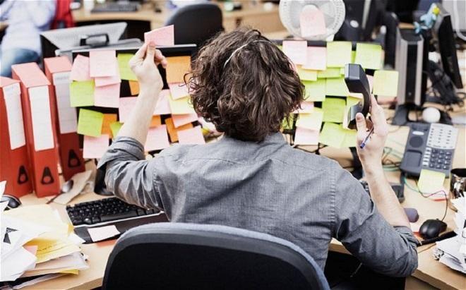 Covesia.com - Semua hal yang terjadi dalam hidup bisa membuat orang stres. Entah itu krisis keuangan akhir bulan, proyek kantor, ujian akhir atau persiapan...