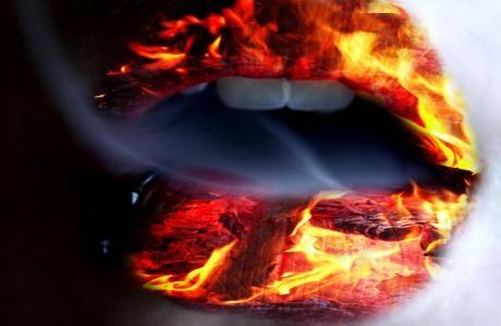 lips_on_fire1.e27zrqn79uogw8swg44ocwoww.6ylu316ao144c8c4woosog48w.th.jpeg (460×299)