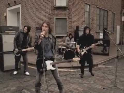 Ligabue - Niente paura (videoclip) - YouTube