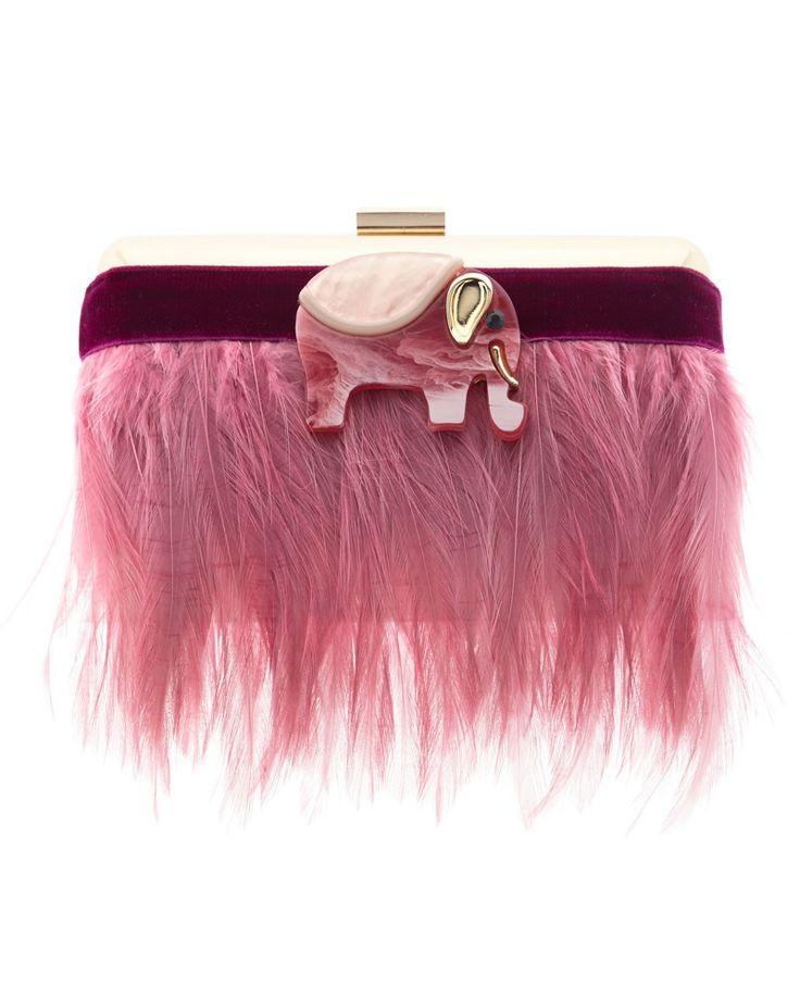 Clutch de fiesta con elefante rosa y plumas en el mismo color. Ideal para deslumbrar en cualquier fiesta. #apparentiate #bolsos #bolsosdefiesta #apparentia #tiendagijon