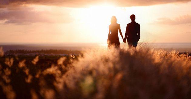 8 Ciri Si Dia adalah Pria Sejati dalam Hidup Anda