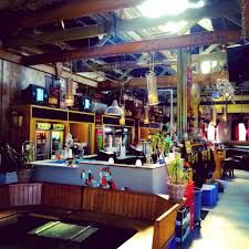 Roest's café and bar offers a wide selection of drinks and snacks, so no beach bum has to go hungry.